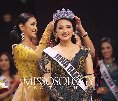 Danh hiệu Á hậu 2 Puteri Indonesia, tương đương ngôi vị Miss Supranational Indonesia thuộc về người đẹp Jesica Fitriana Martasari. Nhan sắc đại diện Indonesia tham dự Hoa hậu Siêu quốc gia năm nay 23 tuổi, sở hữu chiều cao 1,66 m.