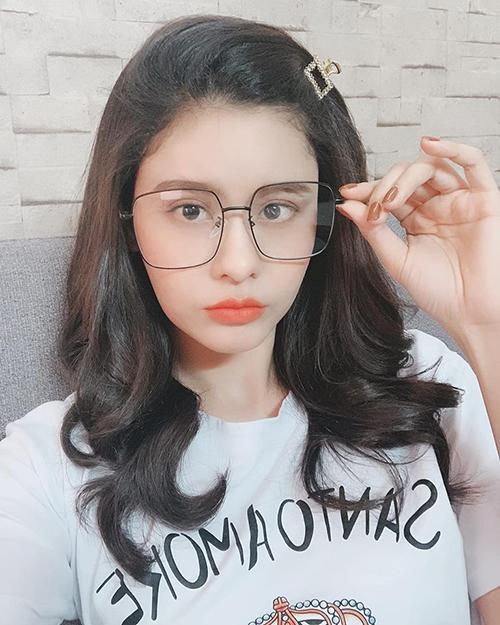 Trương Quỳnh Anh ngày càng trẻ xinh như teen girl.