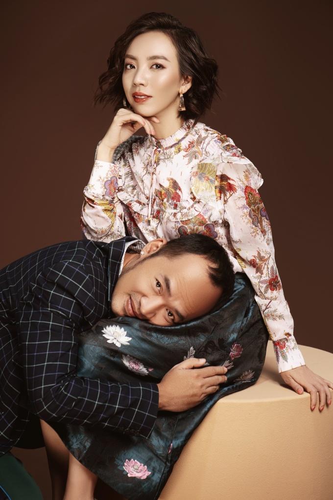 <p> Thu Trang là diễn viên xuất hiện với tần suất dày đặc ở các gameshow truyền hình. Gần đây chị lấn sân sang vai trò nhà sản xuất phim. Còn Tiến Luật còn lấn sân sang lĩnh vực MC.</p>