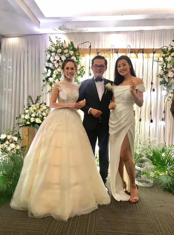 MC Phí Linh đảm nhận vai trò MC của tiệc cưới.