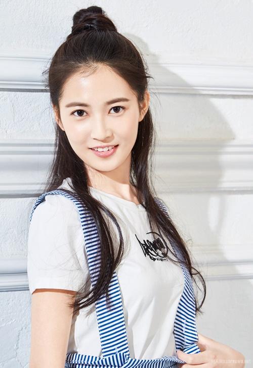 Sau Tân Ỷ thiên đồ long ký 2019, Trần Ngọc Kỳ sẽ tiếp tục đóng chính trong phim truyền hình cổ trang Lưỡng thế hoan, đóng cặp với Vu Mông Lung.