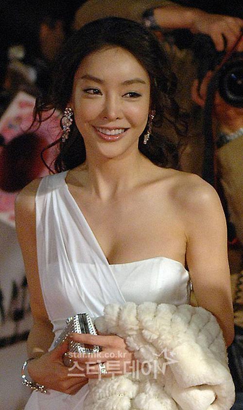 Sau 10 năm, cái chết của Jang Ja Yeon vẫn còn gây nhiều tranh cãi.