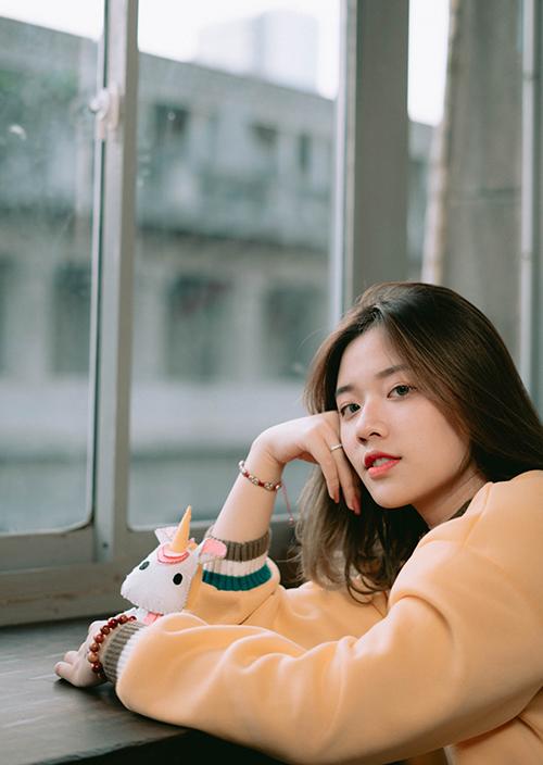 Fanny Trần cho biết đang xác định ca hát sẽ là hướng đi thời gian tới. Cô không ngại khi đối đầu với những cái tên hiện tượng gây chú ý ở Vpop đầu 2019 như Xesi, Lyly hay Danny Võ...