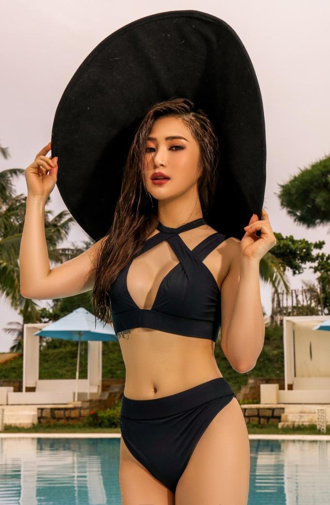 <p> Ảnh: Nguyễn Du, Stylist: Mạch Huy, Make up: Ngọc Duy</p>