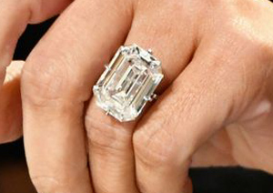 Mắt tinh tường chọn chiếc nhẫn đắt nhất - 3