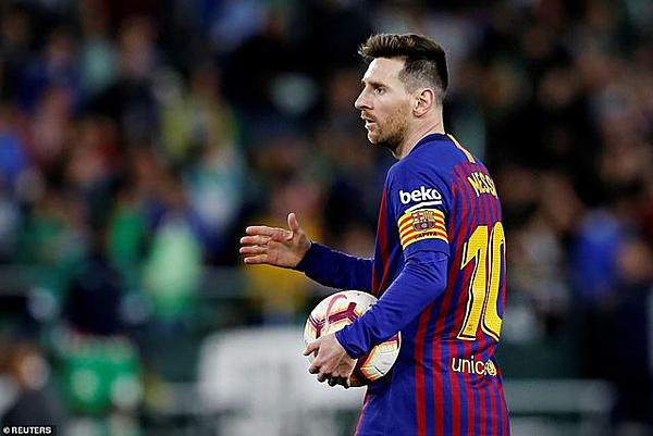 Messi tỏa sáng trong trận đấu với Real Betis.