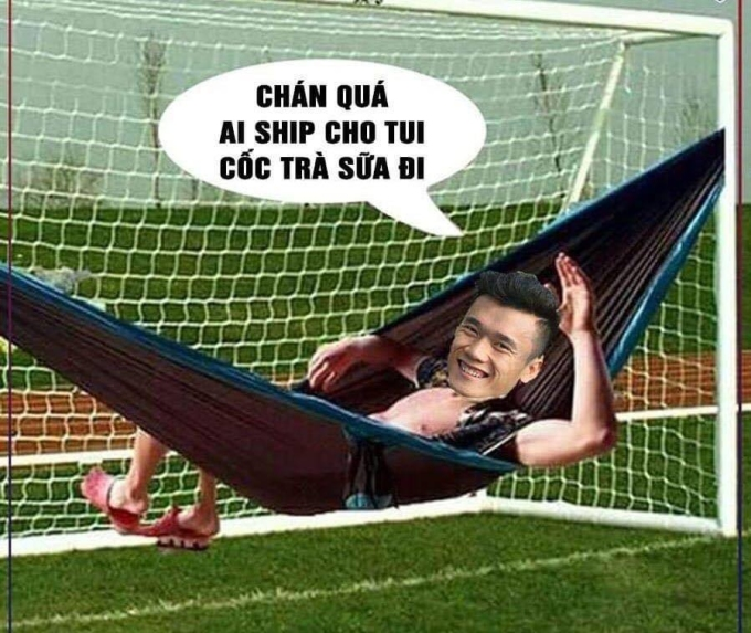 <p> Các thánh chế không bỏ qua cơ hội giúp thủ môn của Việt Nam có cơ hội mắc võng nghỉ ngơi đến hết cả hiệp 1.</p>