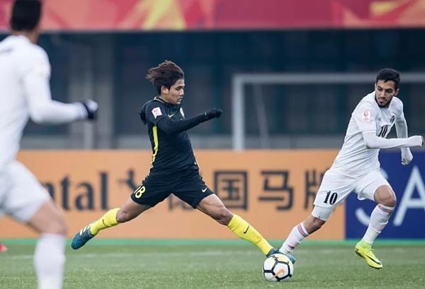 Fox Sports xếp Quang Hải vào top 8 ngôi sao Đông Nam Á đáng xem ở vòng loại U23 châu Á - 4