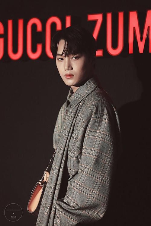 Tối 21/3, Kai (EXO) là một trong những khách mời tham dự Gucci Zumi Night tại trung tâm thương mại Cheongdam-dong, Gangnam, Seoul.