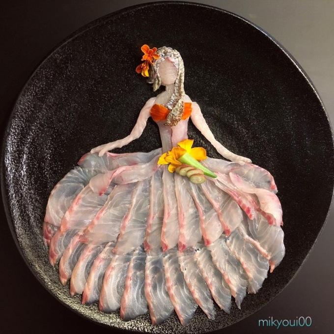 <p> Nhìn thì tưởng đơn giản nhưng các tác phẩm này đòi hỏi trí tưởng tượng và thẩm mỹ của người đầu bếp.</p>