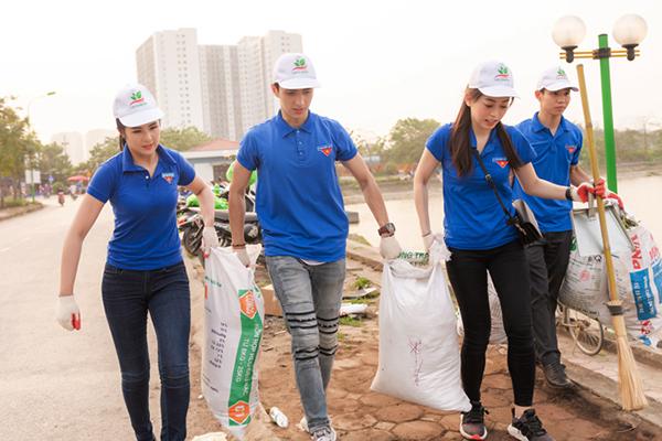 Sao Việt xắn tay áo tham gia thử thách dọn rác bảo vệ môi trường - 2