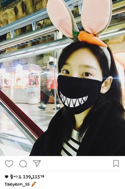 Tae Yeon đội tai thỏ trên Instagram.