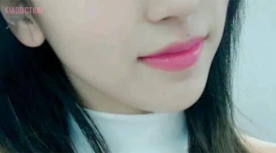 Nhìn đôi môi căng mọng, quyến rũ đoán idol Hàn - 5