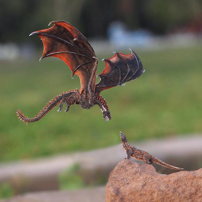 <p> Điểm chung của các con vật này là có kích cỡ tí hon, thường chỉ nhỏ xíu bằng đầu ngón tay. Mô hình nhỏ nhất hai người từng làm chỉ có chiều dài 1,8 cm, tính từ phần đầu cho đến đuôi.</p>