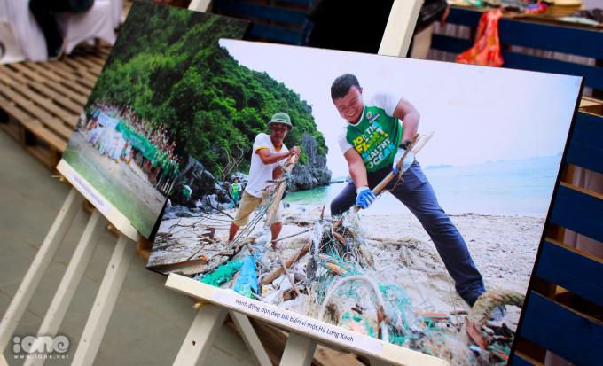 <p> Triển lãm tranh bảo vệ môi trường của người dân Việt Nam.</p>