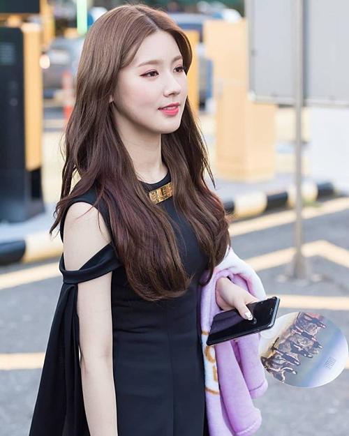 Thành viên (G)I-DLE cạnh tranh danh hiệu nữ thần thanh lịch với Mina (Twice) - 3