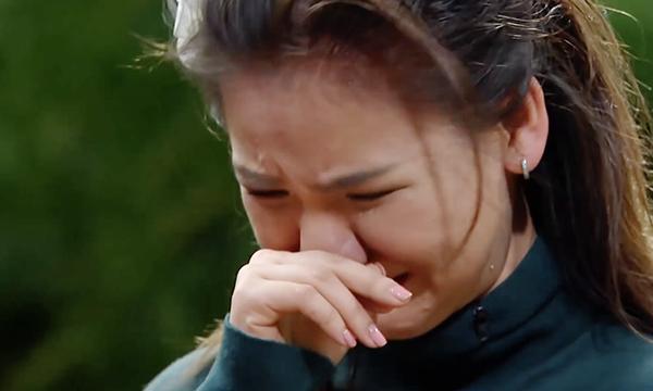 Minh Như bật khóc khi bị loại.