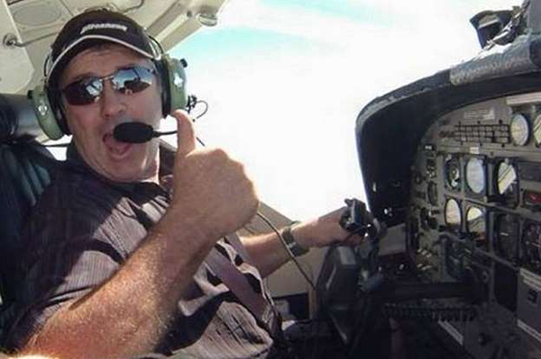 Phi công Ibbotson, người đồng hành cùng với cầu thủ Emiliano Sala trên chuyến bay xấu số.