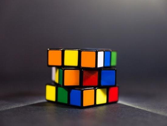 Rubik, bowling, boomerang... có nguồn gốc từ đâu?