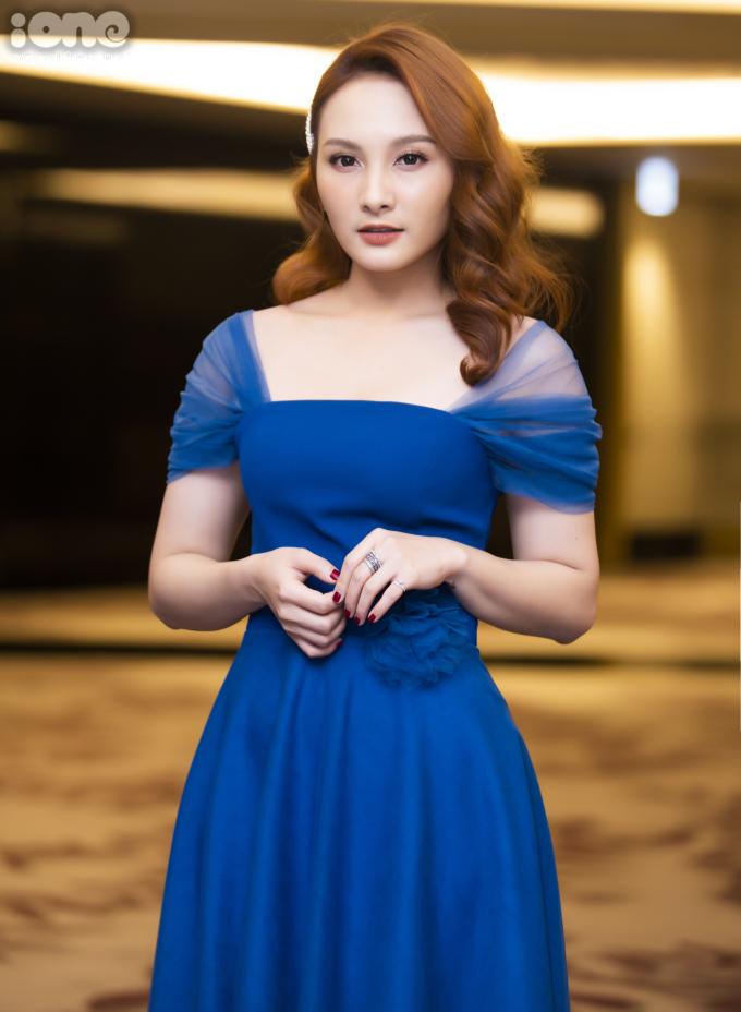 <p> Trong phim mới, Bảo Thanh vào vai Anh Thư - một cô gái xinh đẹp, hoạt bát nhưng sắc sảo, thực dụng.</p>