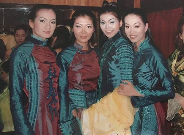 Thanh Hằng khoe bức hình chụp từ 15 năm trước, thời cô cònlà người mẫu mới vào nghề.