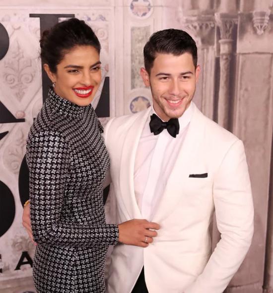 Soi cặp đôi Hollywood, ai cao hơn ai?