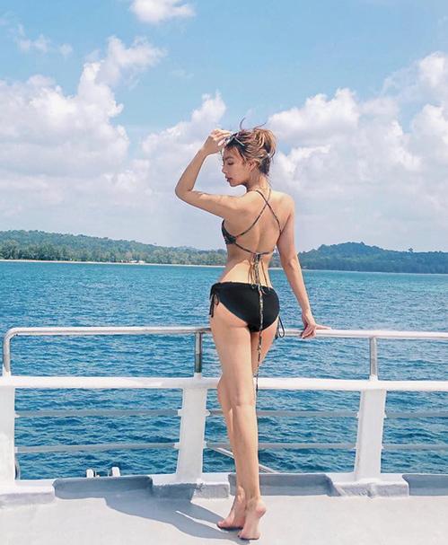 CKatleen sở hữu thân hình chuẩn mực với chiều cao 1,65 m, nặng 50kg, số đo 3 vòng lần lượt là 81-61-93 cm. Cô tiết lộ, bí quyết để có vóc dáng đẹp chính là tập võ và nhảy.