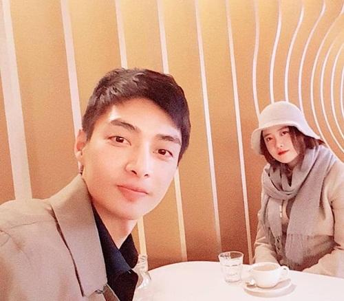 Goo Hye Sun tái ngộ Kim Joon 10 năm sau Boys over flowers. Cặp diễn viên khiến các fan xuýt xoa vì đều sở hữu nhan sắc vượt thời gian.