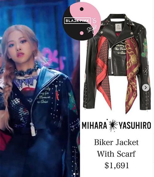 Chiếc áo đồng hành với Rosé trong phân cảnh chị đại dẫn đồng bọn đi giết tình yêu thuộc về thương hiệu Mihara Yasuhiro. Nó có giá 44,5 triệu đồng.