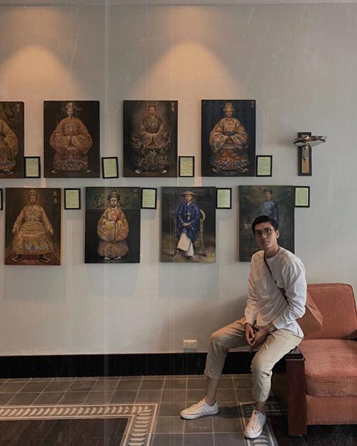 Quang Đại khoe ảnh đi du lịch Huế.