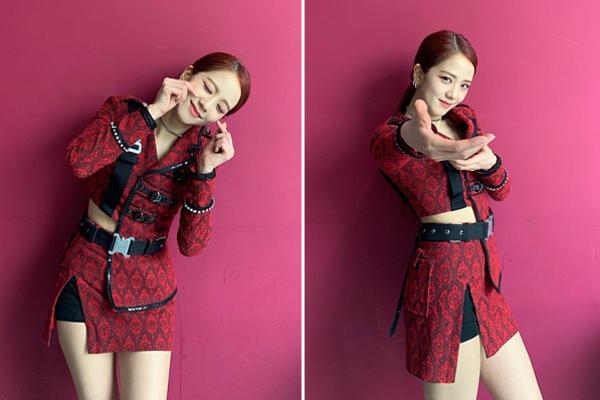 Ji Soo khi đáng yêu lạc lối khi cool ngầu với động tác bắn tên trong MV Kill this love.