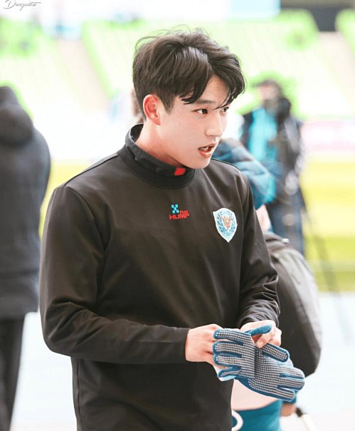 Jeong Seung Won hiện là gương mặt đại diện cho các hoạt động truyền thông của câu lạc bộ Daegu.