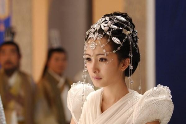Dương Mịch thủa còn đóng vai phụ trong các phim cổ trang.