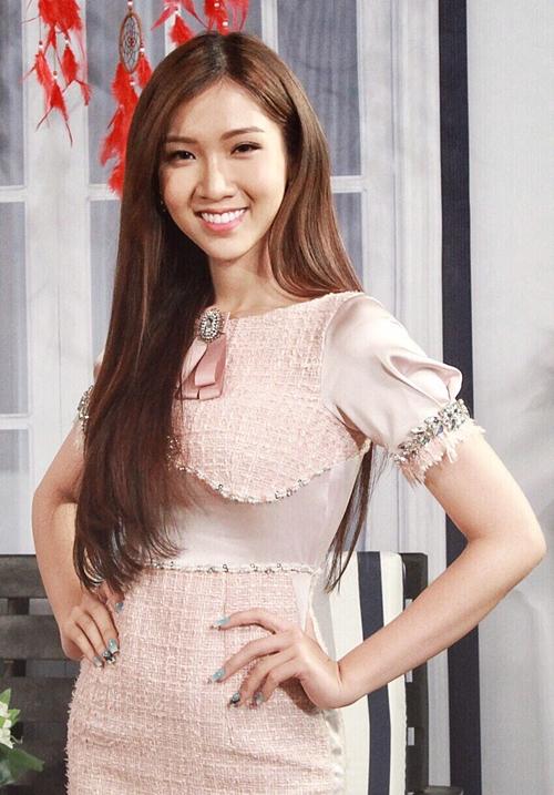 Nhật Hà tham dự một chương trình giới tính.