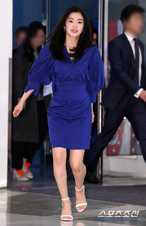 Irene bị chê già, không hề đẹp siêu thực như fan ca ngợi - 2
