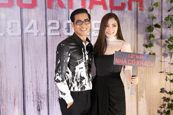Vợ chồng Thanh Bình - Ngọc Lan đến chúc mừng đoàn phim.