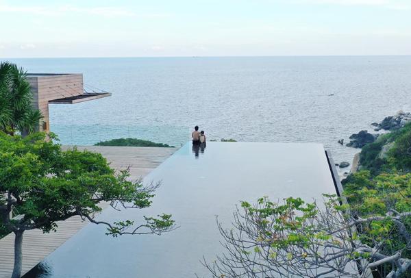 Cường Đô la và Đàm Thu Trang đi nghỉ dưỡng sang chảnh dịp nghỉ lễ.