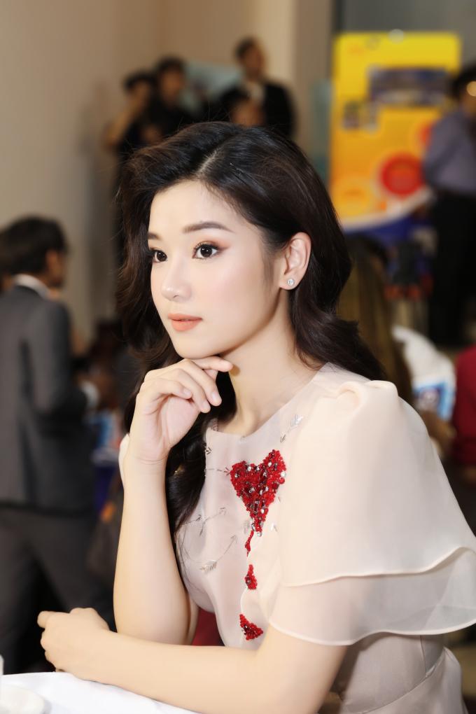 """<p> Trong 2019, Hoàng Yến có hàng loạt dự án phim điện ảnh sắp ra rạp. Đáng mong chờ nhất là phim """"Thiên Linh Cái"""".</p>"""
