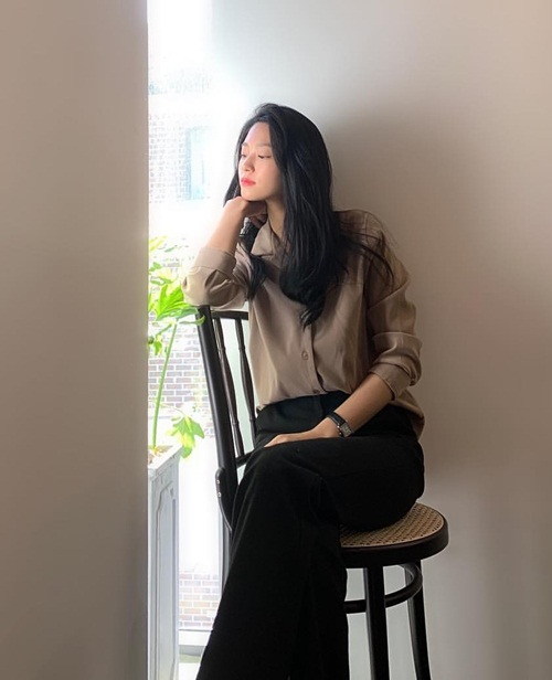 Instagram sao Hàn 17/4 - page 2 - 3