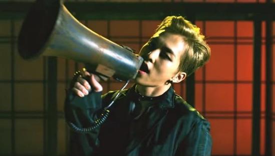 Fan EXO trổ tài nhìn cảnh quay đoán MV - 4
