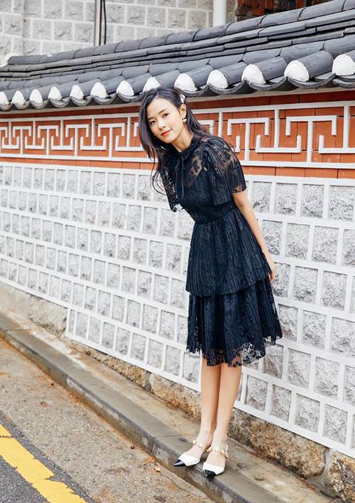 Midu xinh chẳng kém con gái xứ kim chi.
