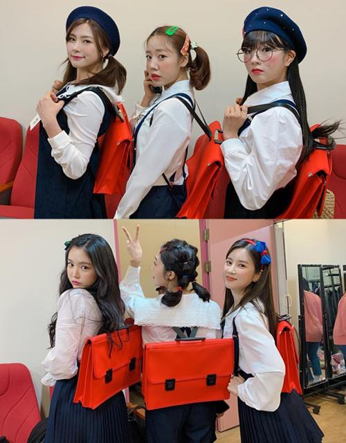 6 cô gái Apink hóa thân thành nữ sinh tiểu học cực cute trong fanmeeting kỷ niệm 8 năm debut.
