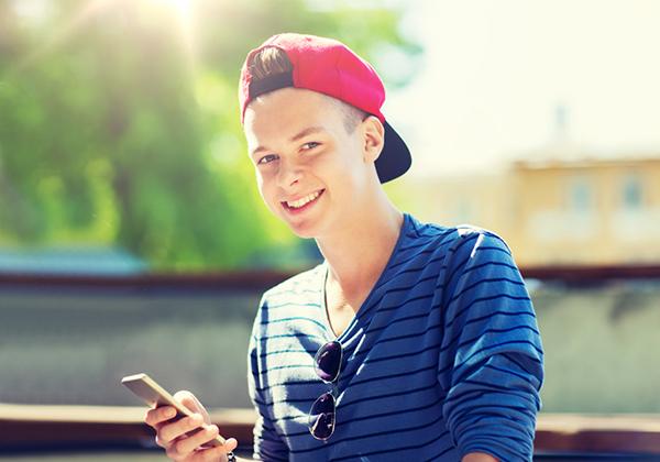 Nhận dạng cách nhắn tin để biết chàng đang thích bạn - 1