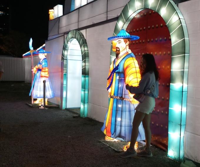<p> Lễ hội nhằm giới thiệu, quảng bá, giao lưu văn hóa Hàn Quốc - Việt Nam.</p>