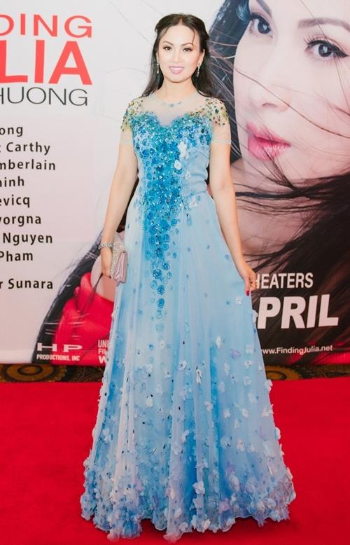 Diễn viên - ca sĩ Hà Phương.