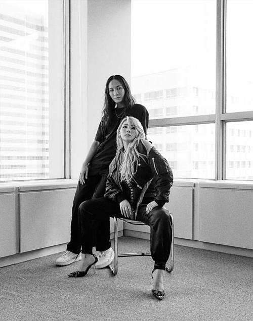 Trong bài phỏng vấn với Vogue, CL chia sẻ: Là một nghệ sĩ nữ, loại ảnh hưởng tôi muốn có thực sự không phải ở tôi mà nó phụ thuộc vào những người bị ảnh hưởng. Tôi không biết làm thế nào để thay đổi theo dòng chảy của thời đại. Tôi chỉ muốn ảnh hưởng đến ai đó trong một thời gian dài.
