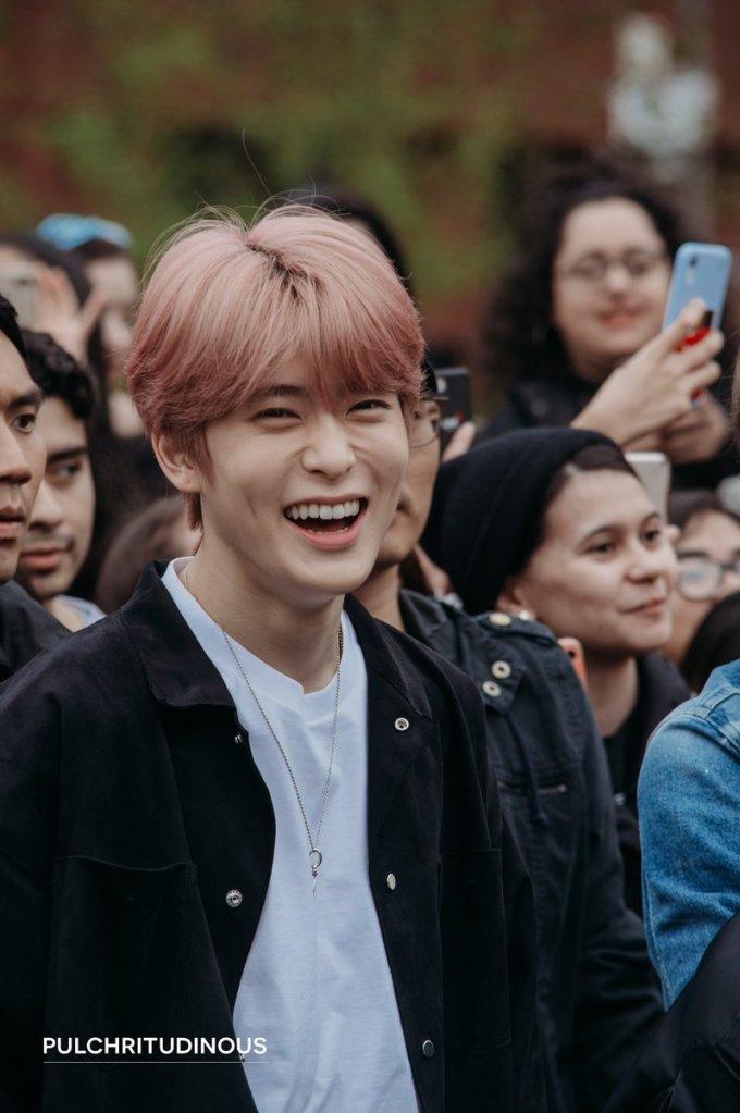 <p> Jae Hyun (NCT) khiến fandom náo loạn khi khoe màu tóc hồng. Nhóm nhạc nhà SM đang tham gia các sự kiện ở Mỹ, chuẩn bị tung album mới có tên <em>We are Superhuman.</em></p>