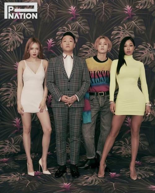 PSY dắt các đàn em Jessica Oh, Hyun Ah và EDawn chụp hình quảng bá cho công ty P-Nation.