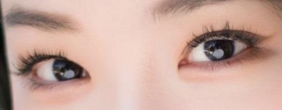 Nhìn đôi mắt quyến rũ đoán idol Hàn - 6