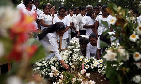 Tang lễ của Dhami Brindya, 13 tuổi, nạn nhân của vụ đánh bom vào Lễ Phục sinh ở Colombo. Ảnh: Athit Perawongmetha/Reuters.